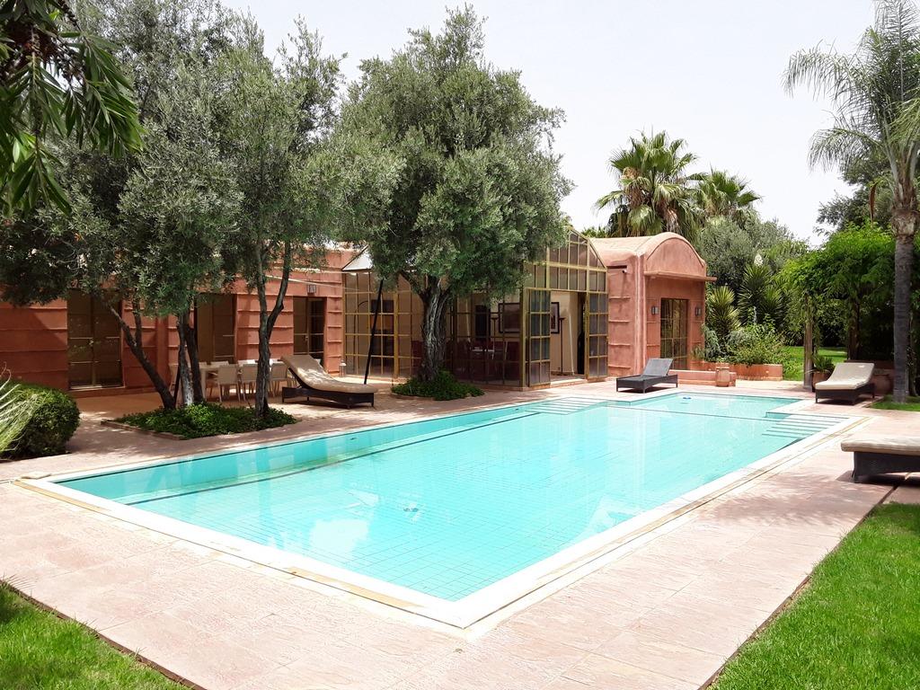 6 bedrooms villa pool