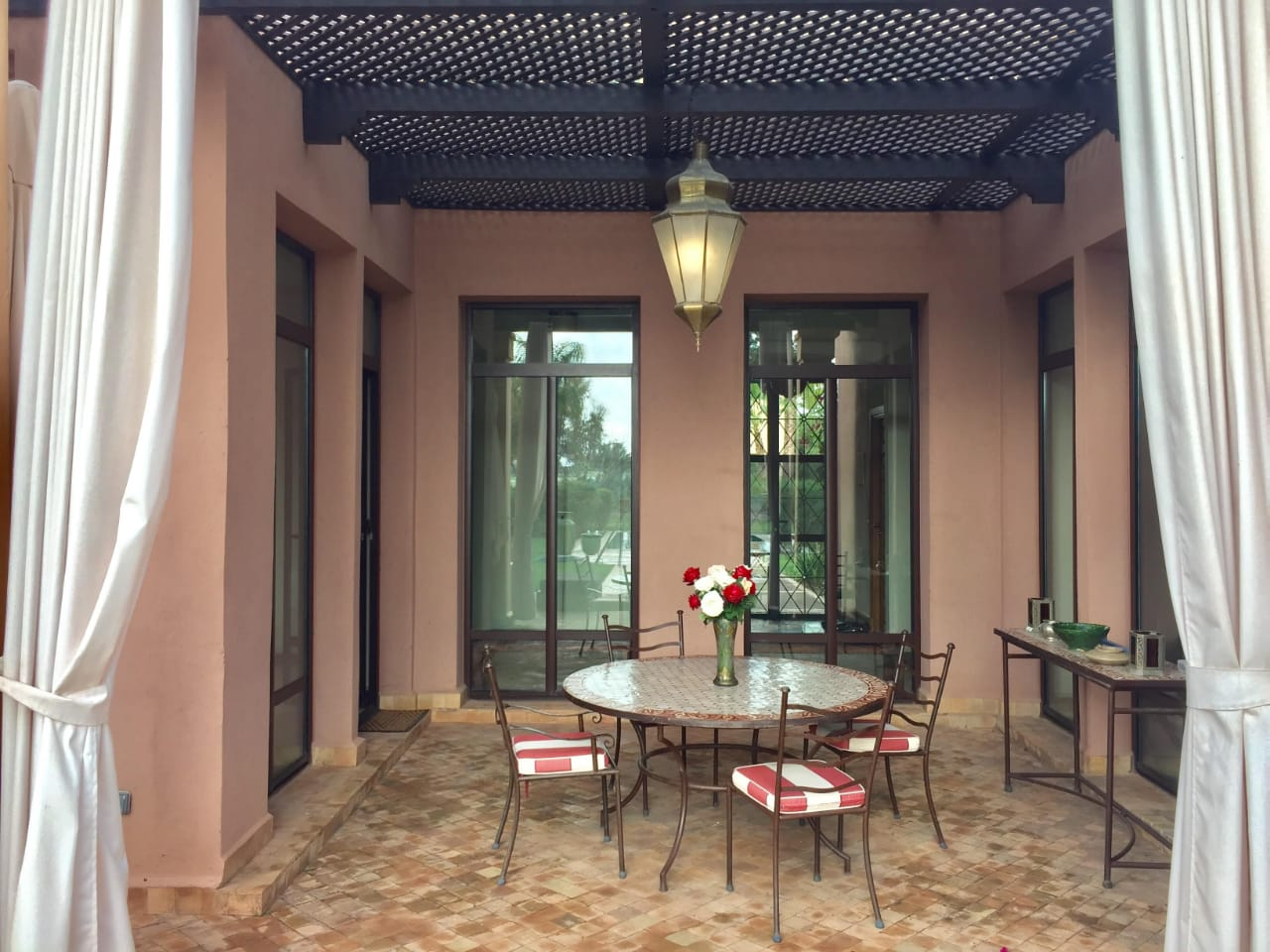 villa 3 chambres/ piscine