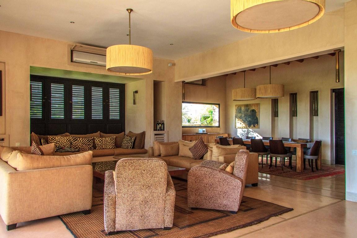 Villa 4/5 chambres piscine
