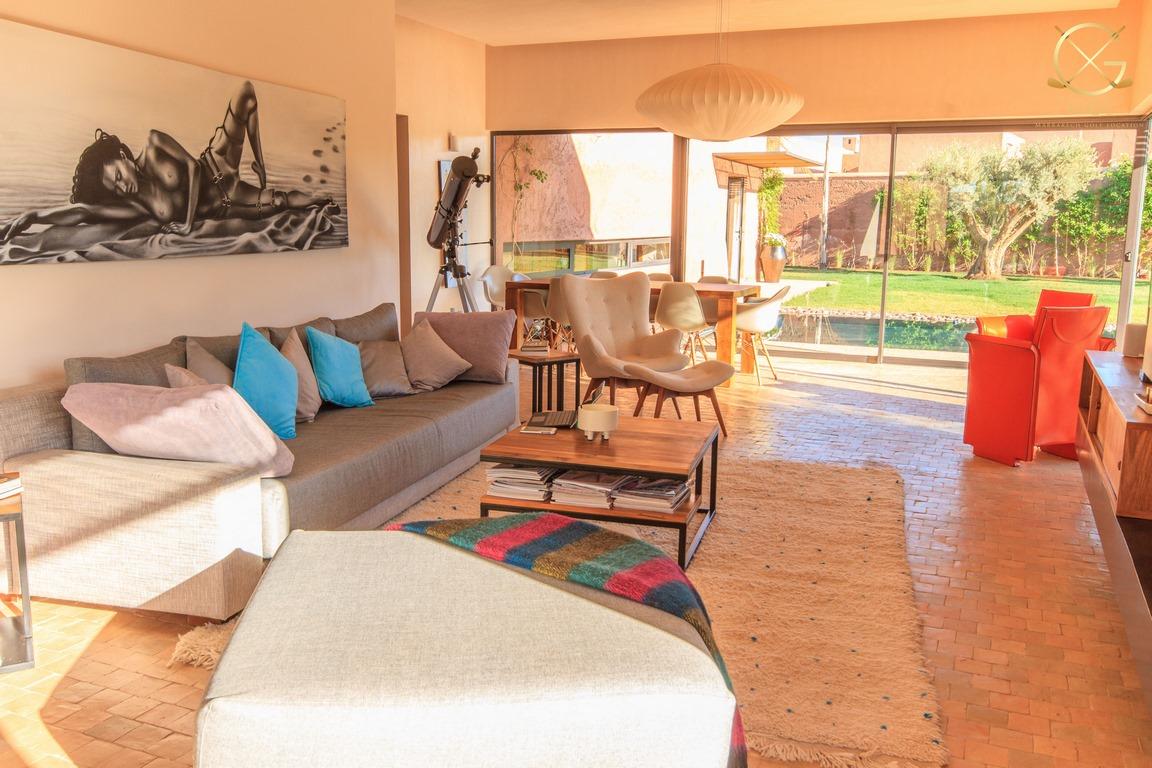 villa 3 ou 4 chambres/ piscine