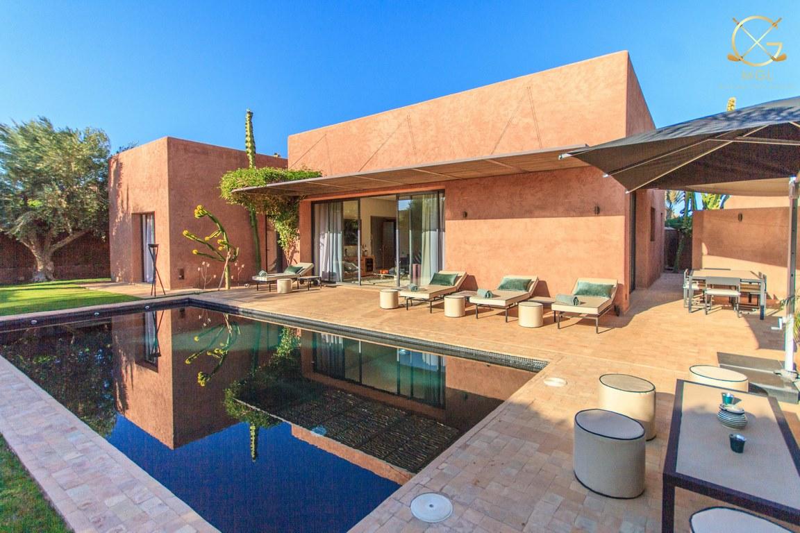 villa 2 chambres/piscine