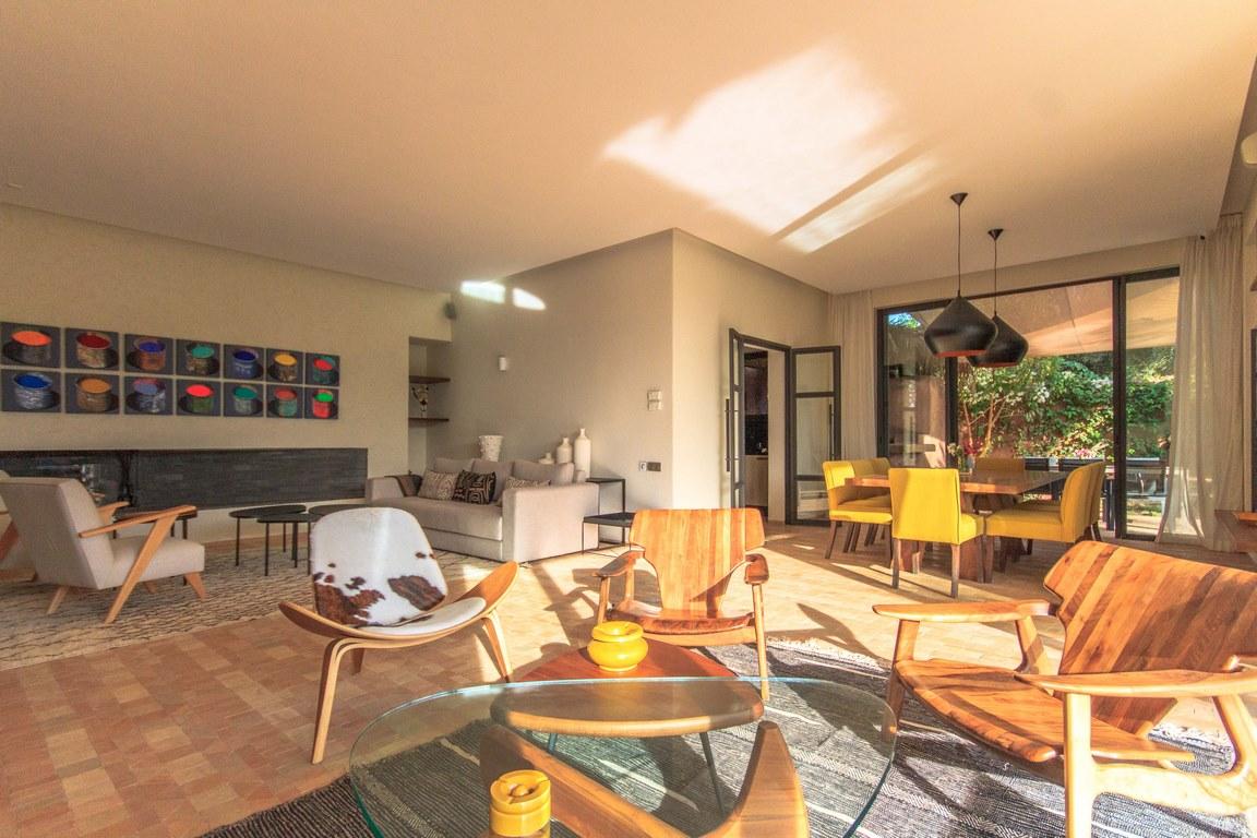 villa 3 ou 4 chambres/piscine