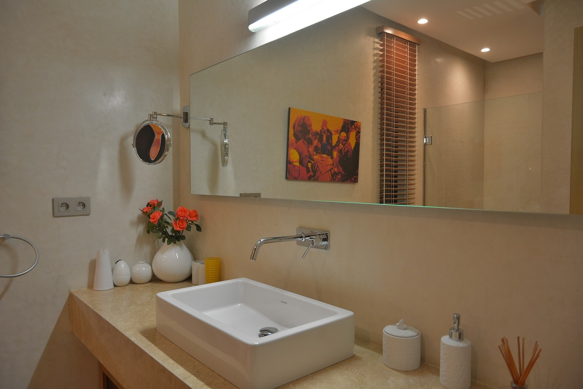 villa 5 chambres/ piscine